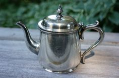 small Canadian Pacific Railway (CPR) single serving teapot (hotel/railway silver), Canada Canadian National Railway, Canadian Pacific Railway, Chocolate Pots, Chocolate Coffee, Kitchen Timers, Top Drawer, Antiquities, Teapots