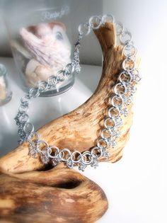 Silver Covering - Halsschmuck von Chain-Elle Art's - wunderschöner Chainmaille Schmuck. Finde zu Deiner Geschichte Dein passendes Schmuckstück. Einzigartig.