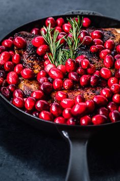 These roasted cranberry and spiced brown sugar chicken thighs are a deliciously cozy autumn meal with a deeply flavorful sweet and savory fresh cranberry sauce bursting with bright and bold Holiday flair! Fresh Cranberry Sauce, Cranberry Chicken, Cranberry Recipes, Fall Recipes, Holiday Recipes, Holiday Meals, Dinner Recipes, Brown Sugar Chicken, Honey Sesame Chicken