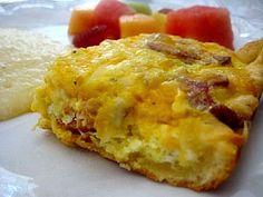 EASY Breakfast Casserole. You can make pretty much anything with a can of crescent roll dough!