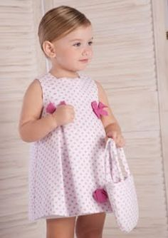 MODA INFANTIL ROPA para niños ropa para niñas ropita bebes: ROPA INFANTIL CHIC CLASICA DULCE Baby Outfits, Little Girl Outfits, Little Girl Fashion, Little Dresses, Little Girl Dresses, Toddler Outfits, Kids Outfits, Kids Fashion, Fashion Clothes