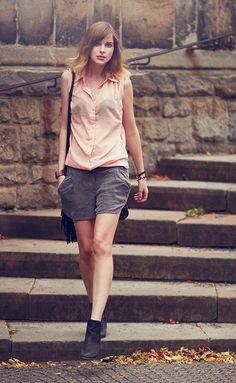 outfit: powder & grey - BEKLEIDET - Modeblog / Fashionblog GermanyBEKLEIDET – Modeblog / Fashionblog Germany