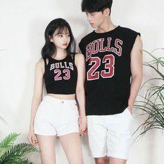 20 ไอเดียแฟชั่นคู่รัก Couple Outfit โชว์หวานสไตล์คู่รักเกาหลี แบรนด์ thexxxy รูปที่ 11