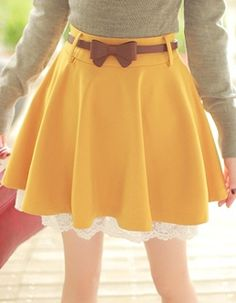 Yellow Lace Hem Knit Skirt
