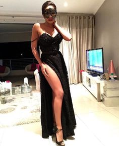 What do you wear when you're invited to a masquerade ball? Custom made and a pair of by bonang_m Masquerade Ball Gowns, Masquerade Theme, Club Dresses, Nice Dresses, Prom Dresses, Cocktail Party Outfit, Style And Grace, African Beauty, Fashion Outfits