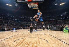 Intel made a drone to help an NBA player in the Slam Dunk Contest  Orlando Magic player Aaron Gordon took things to a whole new level in tonight's NBA Slam Dunk Contest one of the main events during the league's All-Star Weekend. The 21-year-old worked with Intel on a drone to use an assist prop for his first dunk... via Engadget Gadget News Tech News