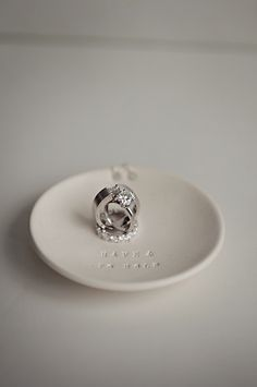 wedding photography - jasmine star - real wedding - amy & will - wedding rings