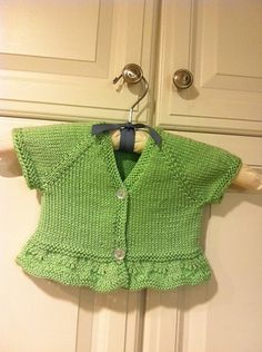 Ravelry: Project Gallery for Blossom Bolero (baby & toddler sizes) pattern by StitchyMama: 10 ply Cardigan Bebe, Crochet Baby Cardigan, Cardigan Pattern, Bolero Pattern, Knitting For Kids, Baby Knitting Patterns, Baby Patterns, Ravelry, Tricot Simple