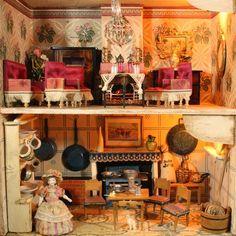 Antique Silber & Fleming Box-Back Dolls House, 1890
