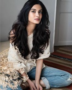 Diana Penty was born on in Mumbai in the state of Maharashtra, India. She is an Indian Model & Film Actress. Beautiful Bollywood Actress, Most Beautiful Indian Actress, Beautiful Actresses, Diana Penty, Beautiful Long Hair, Gorgeous Women, Indian Models, Indian Celebrities, India Beauty