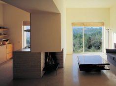 House in Serra da Arrábida in Setúbal, Portugal by architect Eduardo Souto de Mora (1994-2002)