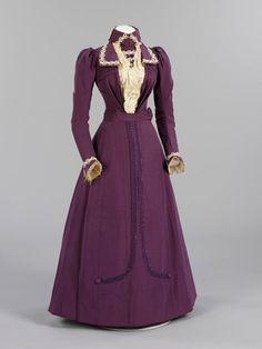 Wedding Dress (English), Victoria & Albert Museum, 1899