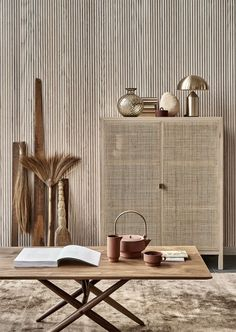 A minimal home in rattan and rust - Inspiring Interieur. Japanese Interior Design, Home Interior Design, Interior Styling, Interior Decorating, Decorating Games, Modern Design, Decorating Websites, Minimal Home Design, Modern Contemporary