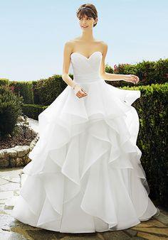 Moonlight Bridal Style j6505 http://trib.al/2MeoCel