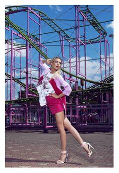 Un luna park colorato, zucchero filato e giostre divertenti… ecco lo sfondo della Campagna SS2014 di Veronica Ferraro for Maison About scattata dalla giovane e talentuosa fotografa di moda Nima Benati!