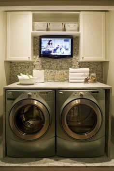 Love this! TV while doing laundry
