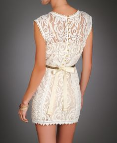 Summer Style - white lace dress