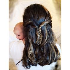 Newborn photos. Fishtail braid.