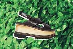 Gimme dat shoe. http://www.manrepeller.com/best_of_internet/shop-nasty-gal-net-a-porter-topshop-matches-sale.html