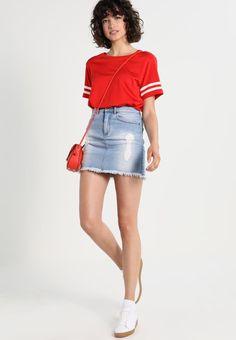 ¡Consigue este tipo de falda vaquera de Ivyrevel ahora! Haz clic para ver  los detalles. Envíos gratis a toda España. Ivyrevel MADLY Falda vaquera  denim ... 017a8f486e89