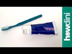 7 trucs trop utiles que vous pouvez faire avec du dentifrice! - Vidéos - Vidéos virales, drôles et insolites - Ayoye - Les meilleures nouvelles insolites!