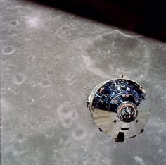 View of Apollo 10 Command and Service Module from the Lunar Module (1969). [1440  1433] http://ift.tt/2rcJRxc