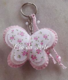 Hobbies And Crafts, Diy And Crafts, Crafts For Kids, Arts And Crafts, Fabric Crafts, Sewing Crafts, Sewing Projects, Felt Patterns, Felt Fabric