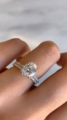Silver Wedding Rings, Wedding Rings For Women, Women's Wedding Bands, Oval Diamond Rings, Best Wedding Rings, Non Diamond Wedding Rings, Square Wedding Rings, Pretty Wedding Rings, Types Of Wedding Rings
