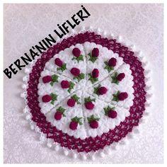 Crochet Patterns, Crochet Ideas, Doilies, Tree Skirts, Christmas Tree, Holiday Decor, Desserts, Tejidos, Projects