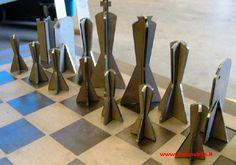 scacchiera e scacchi