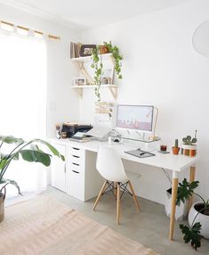 White Desk Designs for Minimalist Home Office - Desk Ideas for .White Desk Designs for Minimalist Home Office - Desk - Ideas for . cozyhomes White Desk Designs for Minimalist Home Office - Cozy Home Office, Home Office Space, Home Office Decor, Office Decorations, Home Office Bedroom, Small Office Decor, Office Desks For Home, Modern Office Decor, Apartment Office