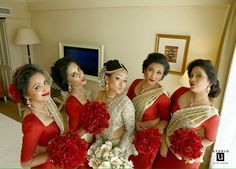 Sri Lankan Kandyan bridesmaids and bride