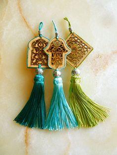 Moroccan art silk tassels set of two 3 by HEARTtoHEARTart, püskül Tassel Jewelry, Diy Jewelry, Tassel Necklace, Handmade Jewelry, Jewelry Design, Jewelry Making, Jewelery, Ramadan Decoration, Moroccan Art