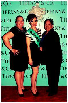 Suegra y mama. Alfombra roja. Tiffany & Co.