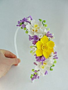 Headband Spring dream by FlowerFromEugene on Etsy Sugar Flowers, Felt Flowers, Diy Flowers, Flowers In Hair, Spring Flowers, Fabric Flowers, Paper Flowers, Daffodil Flower, Polymer Clay Flowers