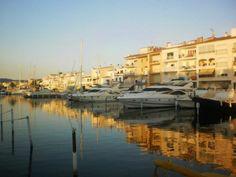 Ampuria Brava, Girona, Spain  lugar maravilloso. la venecia catalana.
