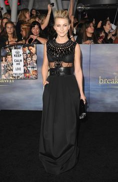 [PICS] 'Breaking Dawn Part 2' Best Dressed — Twilight's Last Premiere - Hollywood Life