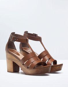 Bershka Turkey - Wooden sandals