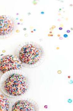 Sprinkle Bakes: Lemon Sprinkle Sandies and a Giveaway!