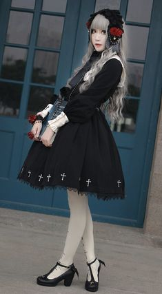 Ista Mori -Nameless Poem- Gothic Lolita OP Dress Harajuku Fashion, Kawaii Fashion, Lolita Fashion, Gothic Fashion, Cosplay Outfits, Edgy Outfits, New Look Fashion, Japanese Street Fashion, Alternative Outfits