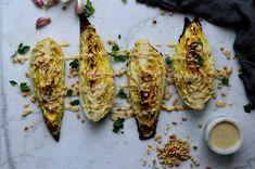 Ett supergott och enkelt vegetariskt tillbehör! Lägg till lite tabbouleh med persilja och hampafrön, något proteinrikt som en härlig bön- och ärtkompott med någon färsk krydda och quinoa...