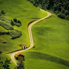 Зиленен Коммуна в Швейцарии Amsteg Switzerland by world_travel_blog
