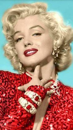Marilyn Monroe in Gentlemen Prefer Blondes! Marylin Monroe, Marilyn Monroe Kunst, Estilo Marilyn Monroe, Marilyn Monroe Artwork, Marilyn Monroe Quotes, Hollywood Glamour, Hollywood Stars, Hollywood Studios Disney, Gentlemen Prefer Blondes