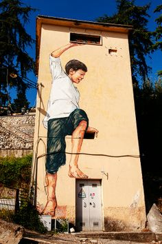 Ernest Zacharevic in Gaeta, Italy - 21 april 2014