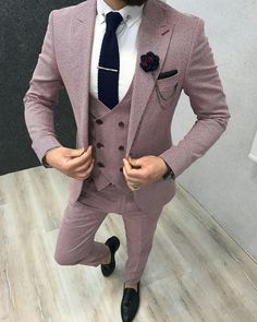 Trendy Mens Fashion, Stylish Mens Outfits, African Men Fashion, Mens Fashion Suits, Mens Suits, Men's Fashion, Pink Suit Men, Vintage Wedding Suits, Casual Wedding Attire