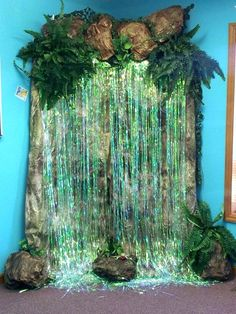 Jungle decoration ideas Jungle decoration ideas Safari decorations for waterfalls . - Jungle decoration ideas Jungle decoration ideas Safari decorations for waterfalls – carrot – - Deco Jungle, Jungle Safari, Jungle Room, Jungle Jaunt, Off The Map, Victoria Falls, Vacation Bible School, Thinking Day, Backdrops