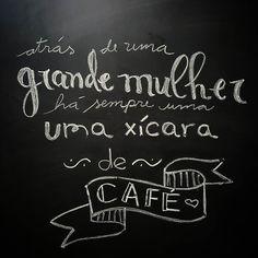 Bom dia girls! #whorunthismotha #cafe #cafedamanha #coffee #coffeelovers #caffeine #instacoffee #woman #mulher #lousadadiiirce #chalkboard #chalkart