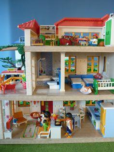 Playmobil® Modern House Building Set Modern City Street with Images Lego Disney Princess, Lego Kits, Boys Bedroom Furniture, Cheap Furniture, Tackle Box, Lego Friends Tisch, Table Lego Ikea, Playmobil City, Diy Lego