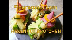 Hexenhut Brötchen - euromeal.com Celery, Vegetables, Halloween, Food, Delicious Snacks, Witches, Veggies, Vegetable Recipes, Meals
