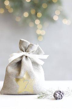 DIY Advent calendar Advent fabric bags Gold Christmas